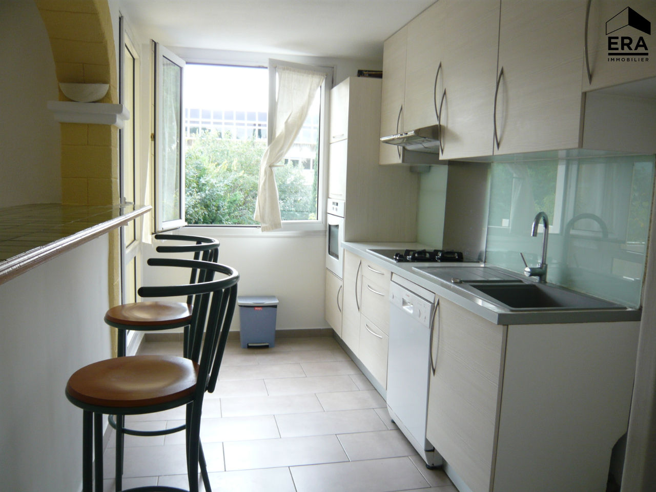 Appartement Aix Sud de 4 piéces Terrasse et 2 places de parking